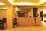 Отель Hotel Skylon