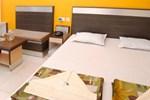 Отель Hotel Yashoda International