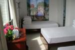 Отель Fenghuang Renhe Xiaoju Hostel