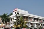 Отель Hotel Dolphin