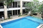 Отель Bintang Mulia Hotel & Resto