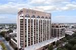 Отель Hilton Savannah DeSoto