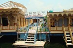 Отель Mandalay Houseboats