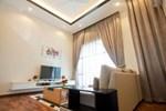 Отель Penang Hills Bungalow 2