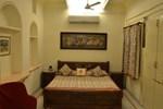 Отель Dev Niwas - Heritage Hotel