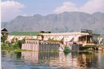 Mughal Palace Group Of Houseboats