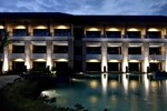 Отель The Singhasari Resort Batu