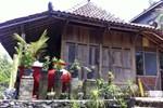 Отель Kampoeng Baron Guest House