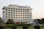 Отель Sun-n-Sand