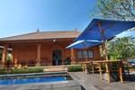 Отель Bon Nyuh Bungalows