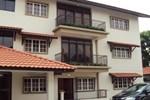 Апартаменты Abang Adik Service Suite