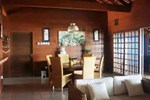 Апартаменты Villa Roca Layung