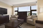 Отель The Saratoga Hilton