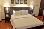 Отель Hotel Esse Davao