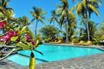 Отель Puri Bunga Beach Cottages