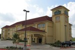 Отель La Quinta Inn & Suites Alvarado