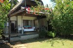 Отель Pondok Pisang Candidasa