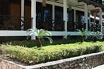 Отель Hotel Pandu Lakeside Tuktuk