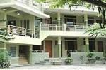 Отель Pandu Lakeside Hotel Parapat