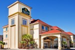 Отель La Quinta Inn & Suites Kingsland