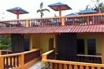 Отель Hotel Adinda