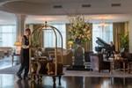 Отель Newpark Hotel