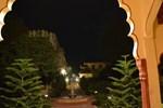 Отель Sajjan Bagh
