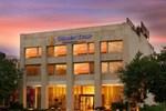Отель Golden Tulip Gurgaon