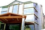 Отель Hotel Kalinga Grand