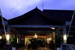 Отель Margo Utomo Hill View Resort