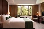 Отель Hotel Aryaduta Lippo Village