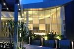 Отель Grand Kecubung Hotel