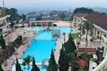 Отель Tretes Raya Hotel & Resort