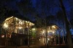 Отель Saraii Village