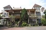 New Ayuda Hotel