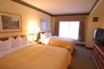 Отель Country Inn & Suites Newark Airport