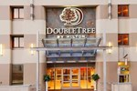 Отель DoubleTree by Hilton Hotel & Suites Pittsburgh Downtown