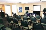 Отель Hampton Inn & Suites Airport South