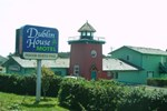 Отель The Dublin House Motel