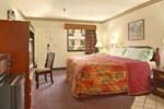 Отель Mustang Inn - Jackson