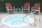Апартаменты Deerfield Buccaneer Resort Apartments