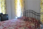 Отель LaBabineaux On Leglise Bed and Breakfast