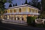 Отель The Groveland Hotel
