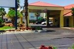 Отель Dunes Inn & Suites - Tybee Island