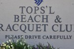 Отель Topsl Beach and Racquet Club by ResortQuest