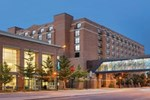 Отель Hyatt on Main Green Bay