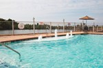 Отель La Quinta Inn & Suites Bridge City