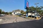 Отель Motel 6 Milwaukee West - Brookfield