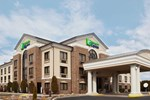 Отель Holiday Inn Express Grove City - Pime Outlet Mall