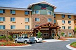 Отель TownePlace Suites Fayetteville Cross Creek
